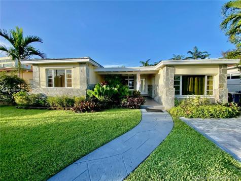 1220 Stillwater Dr Miami Beach FL 33141