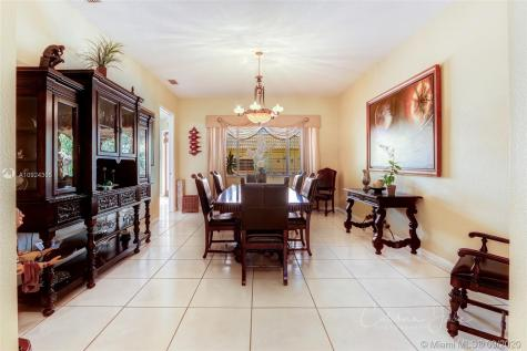 365 NW 132nd Ave Miami FL 33182