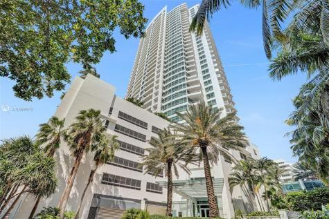 4391 Collins Ave Miami Beach FL 33140