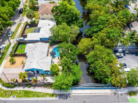 320 SW 11th Ct Fort Lauderdale FL 33315