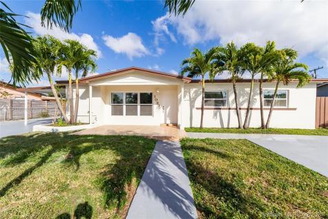 1031 SW 93rd Pl Miami FL 33174