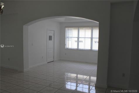 4052 SW 154th Ct Miami FL 33185