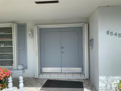 6545 SW 90th Ct Miami FL 33173