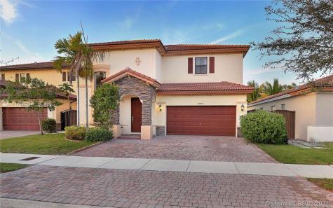 16601 SW 44th St Miami FL 33185