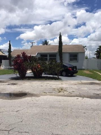 3625 NW 13th St Miami FL 33125