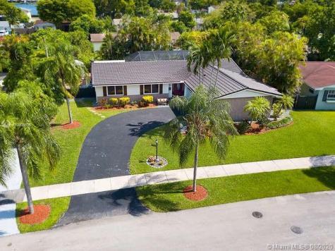 14080 SW 79th St Miami FL 33183
