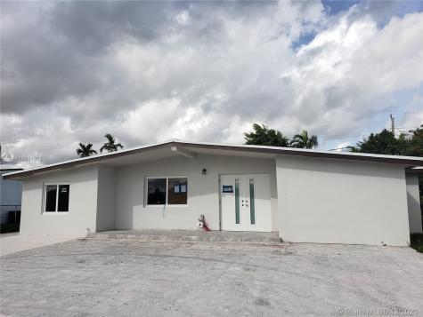 11465 SW 43rd Ln Miami FL 33165