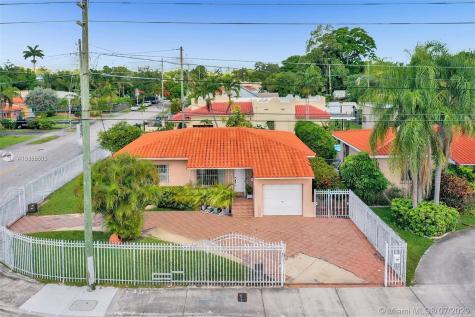 2432 SW 17th Ave Miami FL 33145