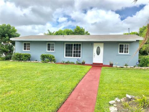 15502 SW 105th Ave Miami FL 33157