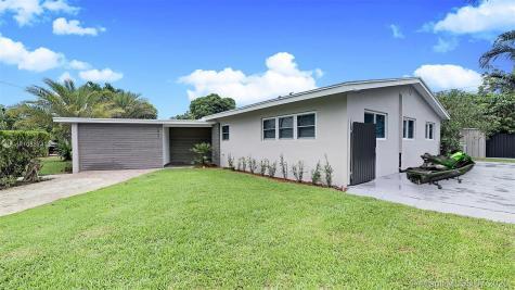 1057 NE 109 th st Miami FL 33161