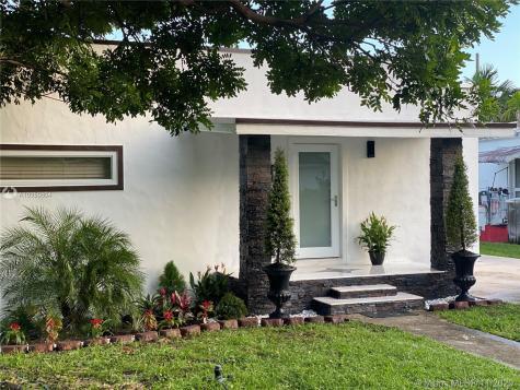 312 NE 108th St Miami FL 33161
