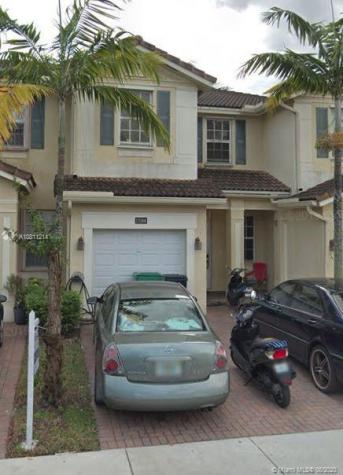 15268 SW 119th Ter Miami FL 33196
