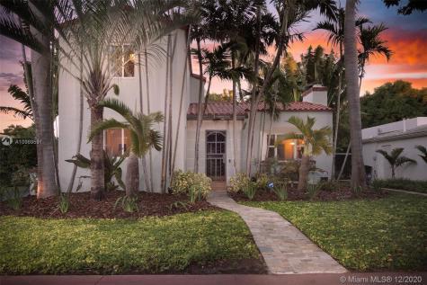 869 W 46th St Miami Beach FL 33140
