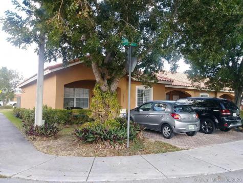 18121 SW 109th Pl Miami FL 33157