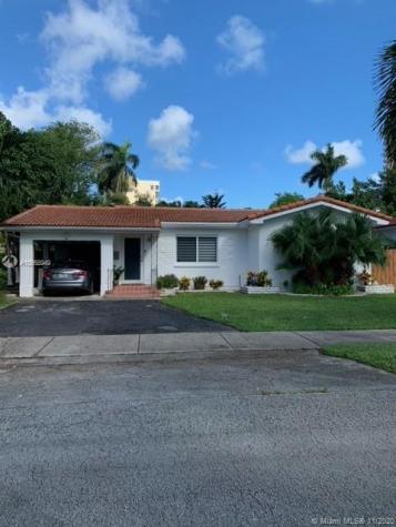 1601 NE 110th St Miami FL 33161
