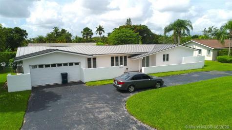 9824 SW 124th Ter Miami FL 33176