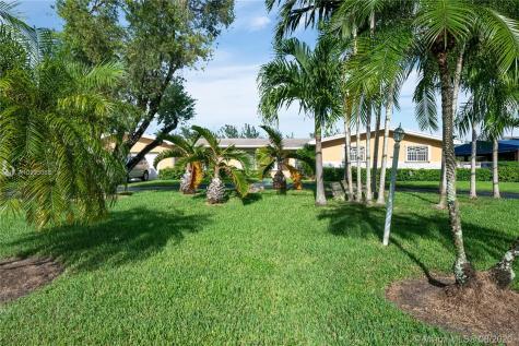 5805 SW 74th Ave Miami FL 33143