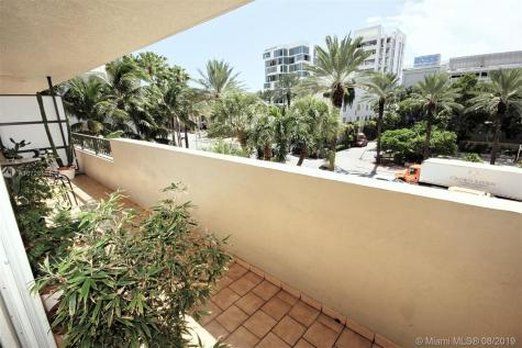 1621 Collins Ave Miami Beach FL 33139