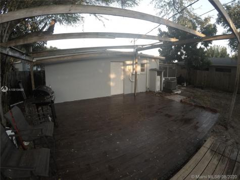 1517 NW 3 Ave Fort Lauderdale FL 33311