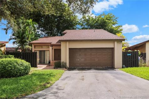 10919 SW 134th Ct Miami FL 33186