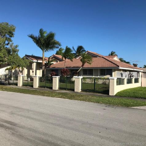 9100 SW 68th St Miami FL 33173