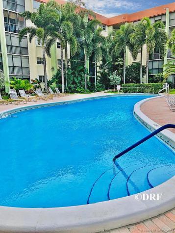 5300 NE 24th Ter Fort Lauderdale FL 33308