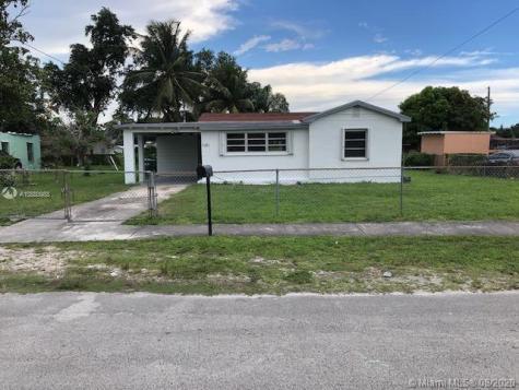 2421 NW 98th St Miami FL 33147
