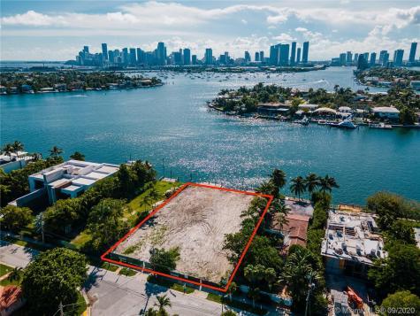 228 + 302 W Di Lido Dr Miami Beach FL 33139
