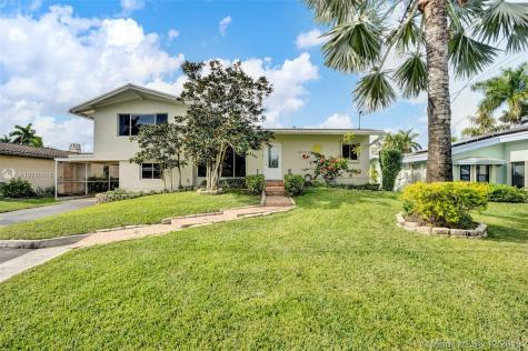 2667 Key Largo Ln Fort Lauderdale FL 33312