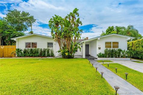 8240 SW 42nd St Miami FL 33155
