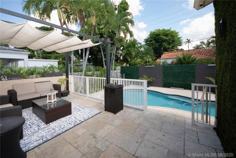 2441 SW 24th St Miami FL 33145