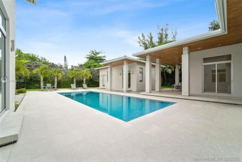 5655 SW 81st Terrace Miami FL 33143