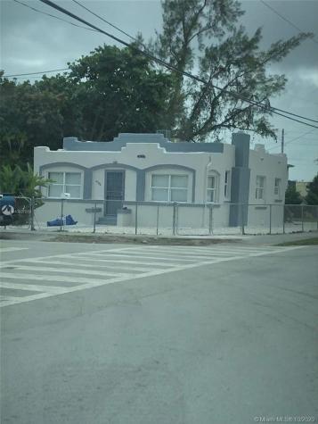 932 NW 70th St Miami FL 33150