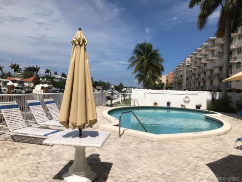 1617 SE 15th St Fort Lauderdale FL 33316
