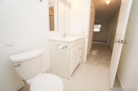 1334 Collins Ave Miami Beach FL 33139