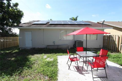 22175 SW 110th Pl Miami FL 33170
