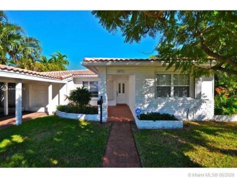 8033 Noremac Ave Miami Beach FL 33141
