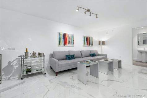 2900 NE 7th Ave Miami FL 33137
