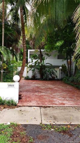 2522 Lincoln Ave Miami FL 33133