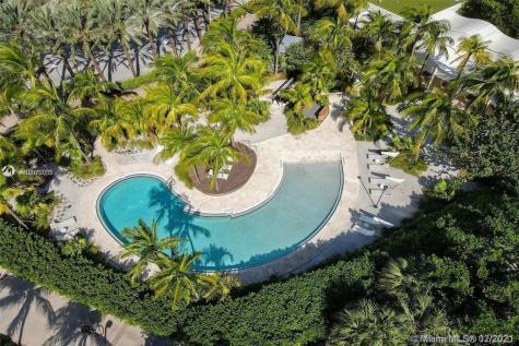 1000 S Pointe Drive Miami Beach FL 33139