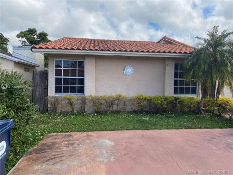 3525 SW 112th Pl Miami FL 33165