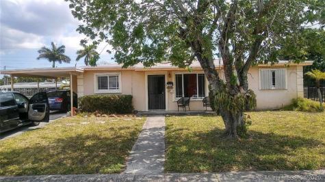 19741 NW 40th Ave Miami Gardens FL 33055