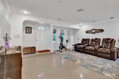 1743 NE 145th St Miami FL 33181