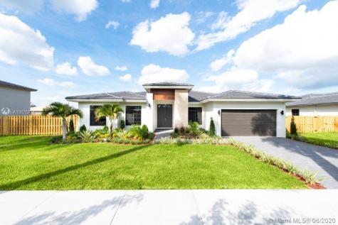 13215 SW 232nd St Miami FL 33170