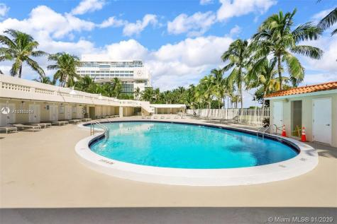 2899 Collins Ave Miami Beach FL 33140