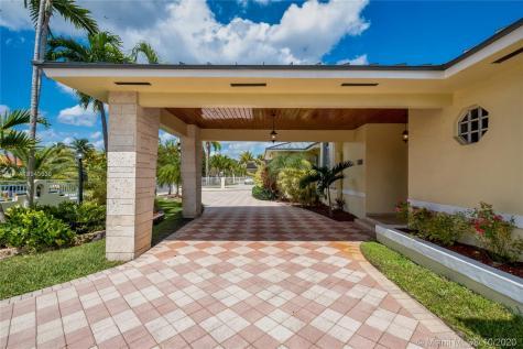 241 NW 120th Ave Miami FL 33182