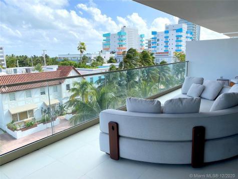 300 Collins Ave Miami Beach FL 33139