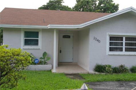2240 NW 51st St Miami FL 33142