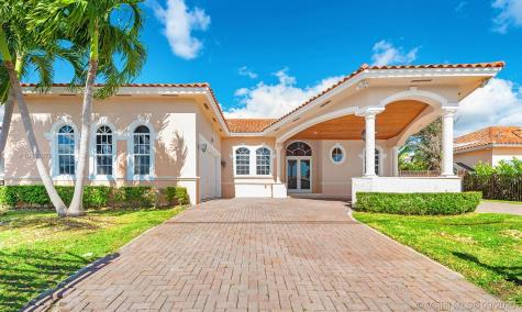 13715 SW 32nd St Miami FL 33175