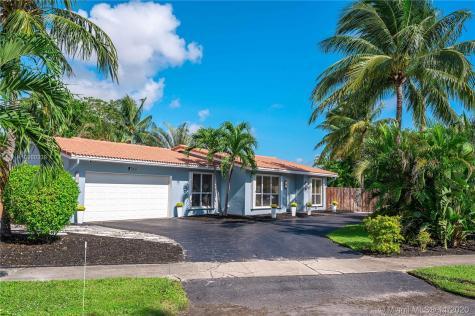 5651 NE 22nd Way Fort Lauderdale FL 33308